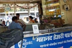 BharatPeのサービスを使えば店頭に置くQRコードはひとつで済む