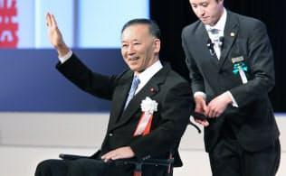 自民党大会でスピーチに臨む谷垣前幹事長(2月、東京都港区)