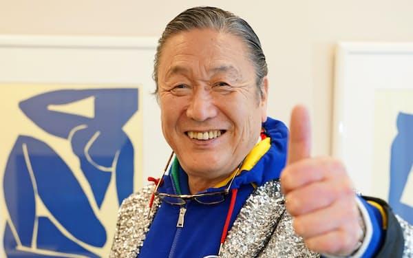 「北極に元気をもらいに行く。イヌイット族らと交流し、異文化を体験したい」と張り切る山本寛斎さん