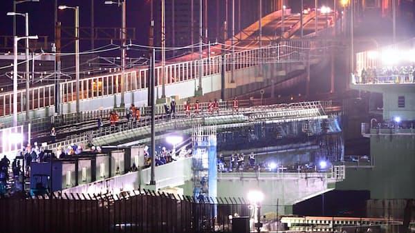 関空連絡橋、GW前にも全面復旧へ 橋桁設置進む