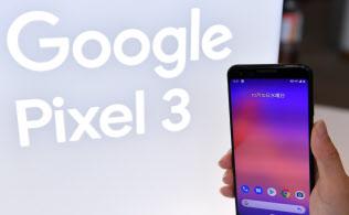 米グーグルのスマホ「ピクセル3」(2018年10月、東京都渋谷区)