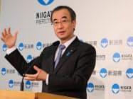 2019年度の当初予算を発表する新潟県の花角英世知事