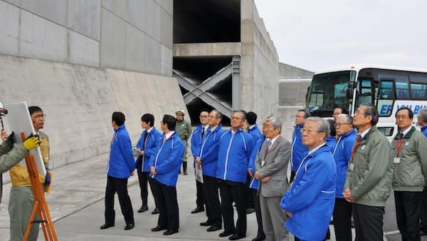 浜岡原発、「安全対策は万全」 経団連・中西会長が視察