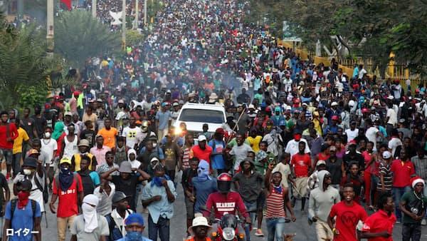カリブ海のハイチで暴動、大統領退陣求める