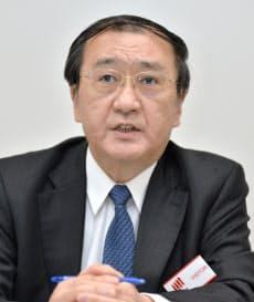 決算発表するジャパンディスプレイの月崎義幸社長(14日、東証)