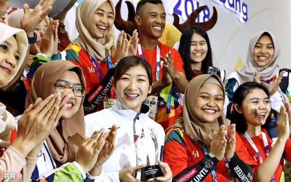 6種目を制したジャカルタ・アジア大会ではMVPに選ばれた=共同