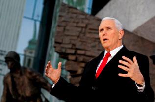 ペンス米副大統領は対中強硬姿勢を掲げる=ロイター