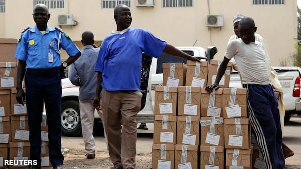 大統領選を1週間延期、ナイジェリア選管