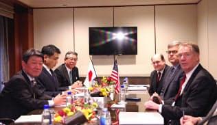 昨年9月の茂木経済財政・再生相と、ライトハイザーUSTR代表の会談(米ニューヨーク、代表撮影)