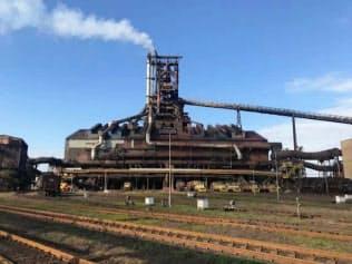 鉄鉱石の値上がりは高炉のコストアップ要因になる(新日鉄住金の君津製鉄所)