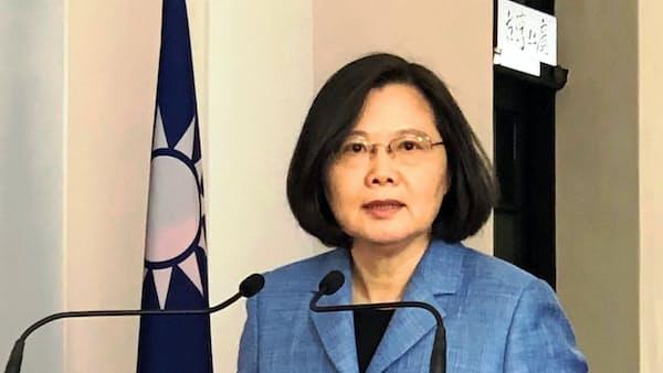 台湾蔡総統、中国との政治協議拒否 武力威嚇を批判