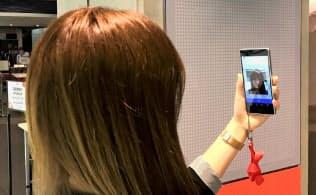 富士通は様々な機器で顔認証に使えるAIの開発に取り組む