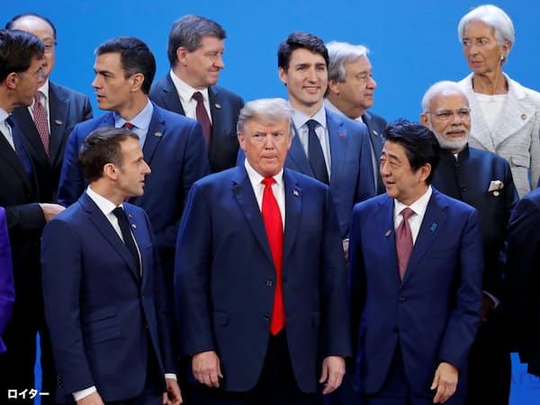 80年代型のトランプ大統領の通商観を変えられるだろうか。18年のブエノスアイレスG20首脳会議=ロイター