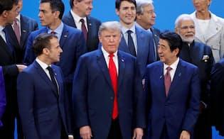 80年代型のトランプ大統領の通商観を変えられるだろうか。(18年のブエノスアイレスG20首脳会議=ロイター