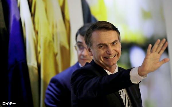 ブラジル国民の間でボルソナロ大統領による改革への期待は高い=ロイター