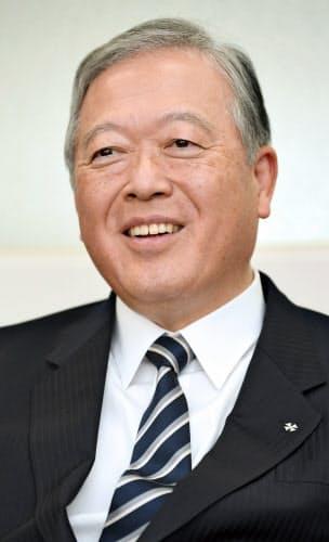 ひろとみ・やすゆき 1954年広島県生まれ。78年早稲田大学政治経済学部卒業、大和銀行(現りそな銀行)入行。大阪営業部長などを経て2009年に副社長。14年に共英製鋼に入社して副社長。18年6月から現職。
