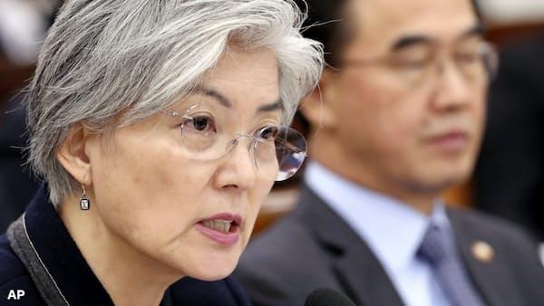 韓国外相「被害者中心でない」、元慰安婦への取り組み