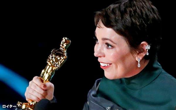 「女王陛下のお気に入り」で主演女優賞を受賞したオリビア・コールマン氏=ロイター