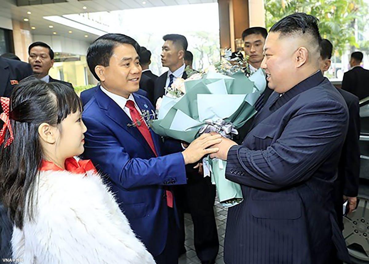 金正恩氏がハノイのホテルに到着