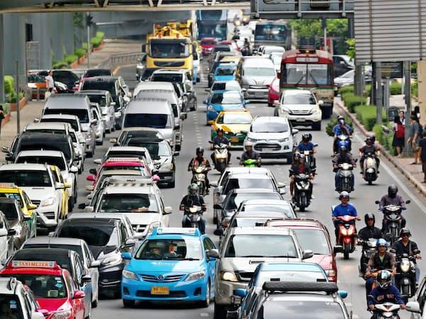 東南アジアでは日本車のシェアが8割を超す(バンコク)
