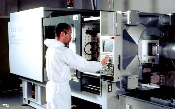 インクスは「製造業のためのデータ加工業」を目指して工場開設。設計受託や光造形による高速試作・量産金型の製作を手がけている(東京都