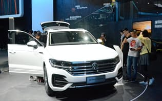 滴滴との合弁で中国国内での販売拡大をめざす独フォルクスワーゲン(北京国際自動車ショー、2018年5月)