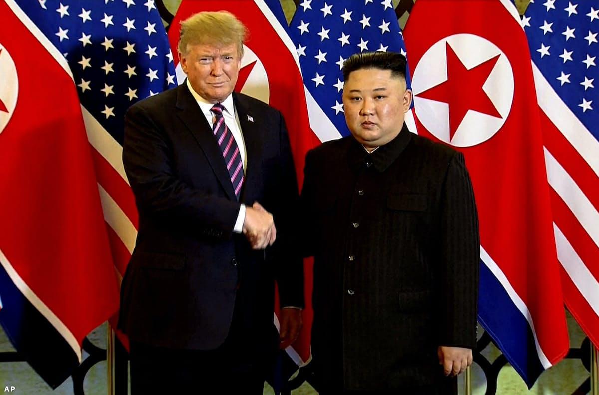 米朝首脳会談始まる