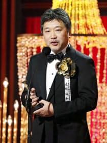 第42回日本アカデミー賞で「万引き家族」が最多8部門で最優秀賞を受賞した是枝裕和監督(1日午後、東京都内のホテル)=共同