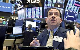 米株式市場で上値を追う勢いは衰えつつある(ニューヨーク証券取引所)=AP