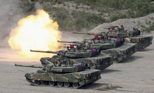 韓国・浦項で実施された米韓合同軍事演習(2017年9月)=聯合・共同