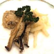 大分県産のブリや干ししいたけを使った「フィッシュ&チップス」
