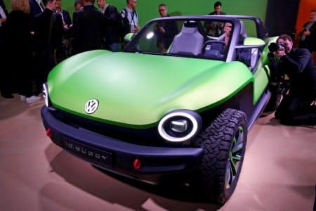 VWのEV専用車台を採用したビーチバギー「ID.バギー」(4日、ジュネーブ)