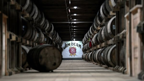 サントリーが日米共同開発ウイスキー ビーム統合めど