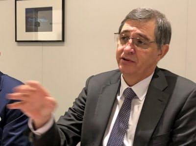 トヨタのファンゼイル執行役員(欧州トヨタ社長)は「英国での投資縮小や生産撤退もありうる」と指摘する(6日、ジュネーブ国際自動車ショー)