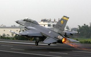 台湾が米国に売却を要請したF16戦闘機=ロイター