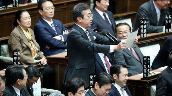 議場にほえろ 登竜門の議事進行係(写真でみる永田町)