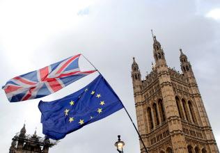 13日、英議会は「合意なき離脱」回避を可決=ロイター