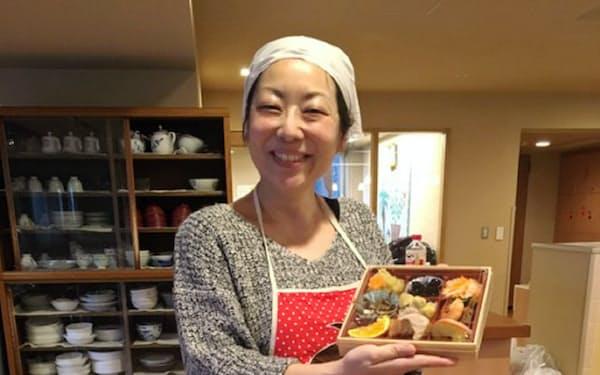 大みそかには、年越しそばとおせち料理を作るミールプログラムを開催。年越しも子供が入院中のご家族から大変喜ばれている(2018年12月31日)