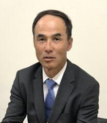 インタビューに応じる長谷川滋利氏