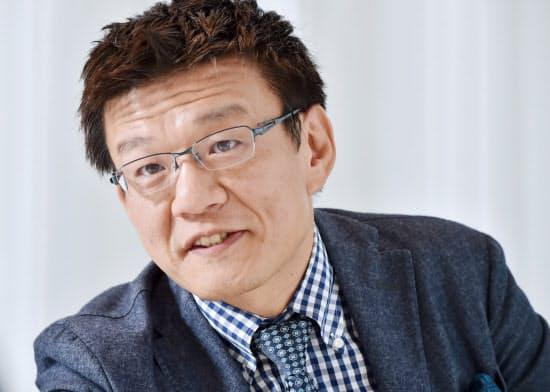 もりおか・つよし 1972年福岡県生まれ。96年神戸大学経営学部卒業、プロクター・アンド・ギャンブル(P&G)入社。2010年にユー・エス・ジェイ入社、同社の再建に携わる。17年に刀を設立して現職。著書「苦しかったときの話をしようか」を4月に発売。