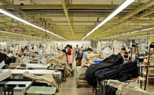 ファンド?#20808;?#38525;商会の縫製技術を評価している(青森県七戸町の縫製子会社)