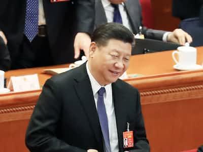 中国版新幹線で学習する習近平主席3年後の続投