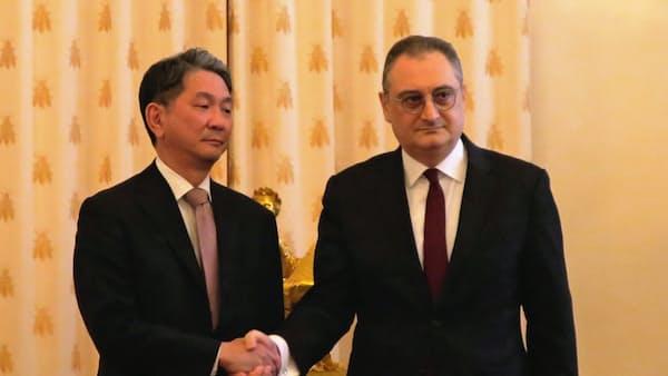 日ロ次官級、平和条約交渉を協議 モスクワで