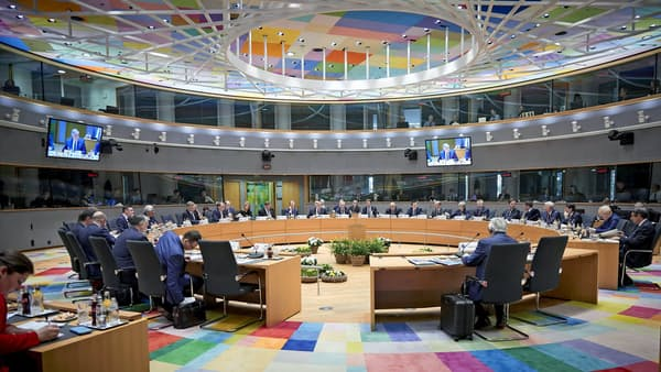 英離脱延期「6月末まで」を却下、EU首脳会議