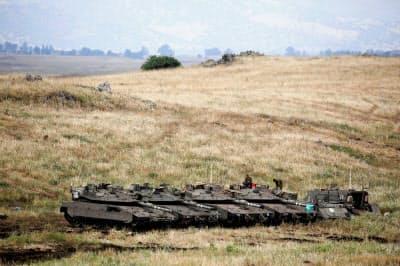 ゴラン高原に駐留するイスラエル軍(2018年5月)=ロイター