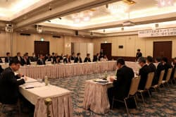 JR四国は4県などが参加する懇談会で、線区別の収支状況を説明した