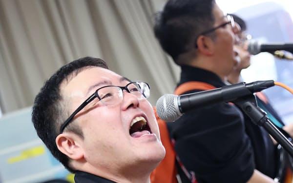 楽運寺住職の佐々木賢祐さん(42)