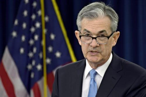 FRBのパウエル議長は利下げの可能性について反論するが…(20日、ワシントン)=AP
