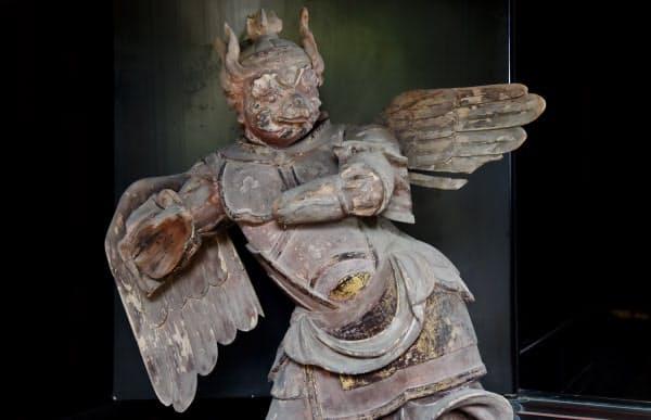 迦楼羅王像(京都市左京区の白沙村荘)