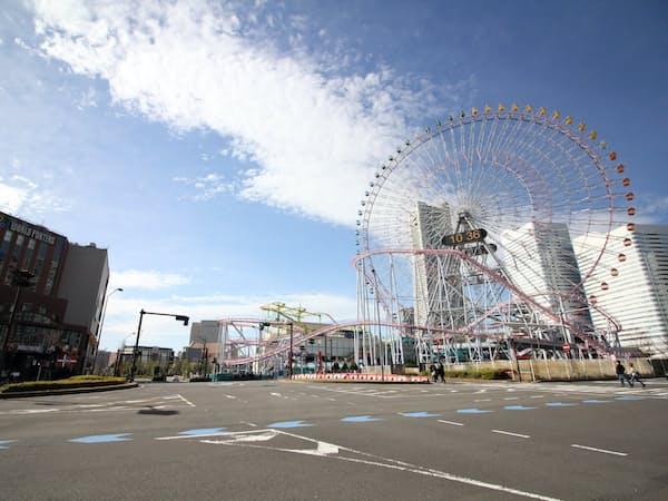 横浜市のみなとみらい21地区は観光も好調(新港地区)